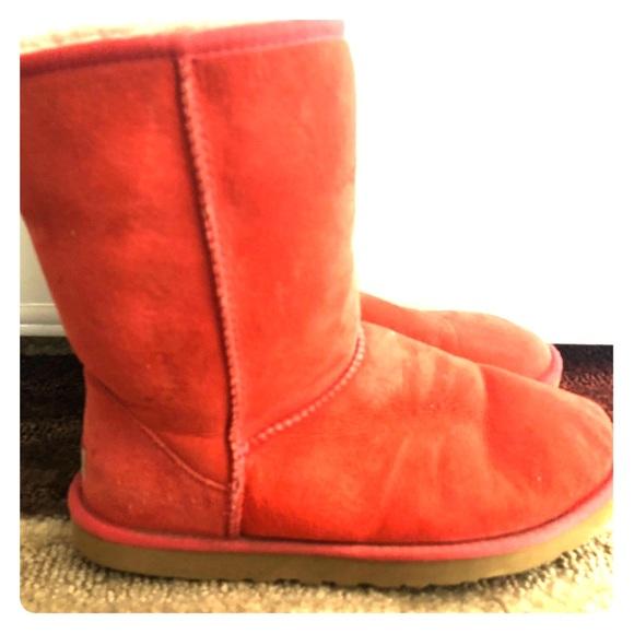 d288413e4ea closeout red classic ugg boots 29af1 b5a94